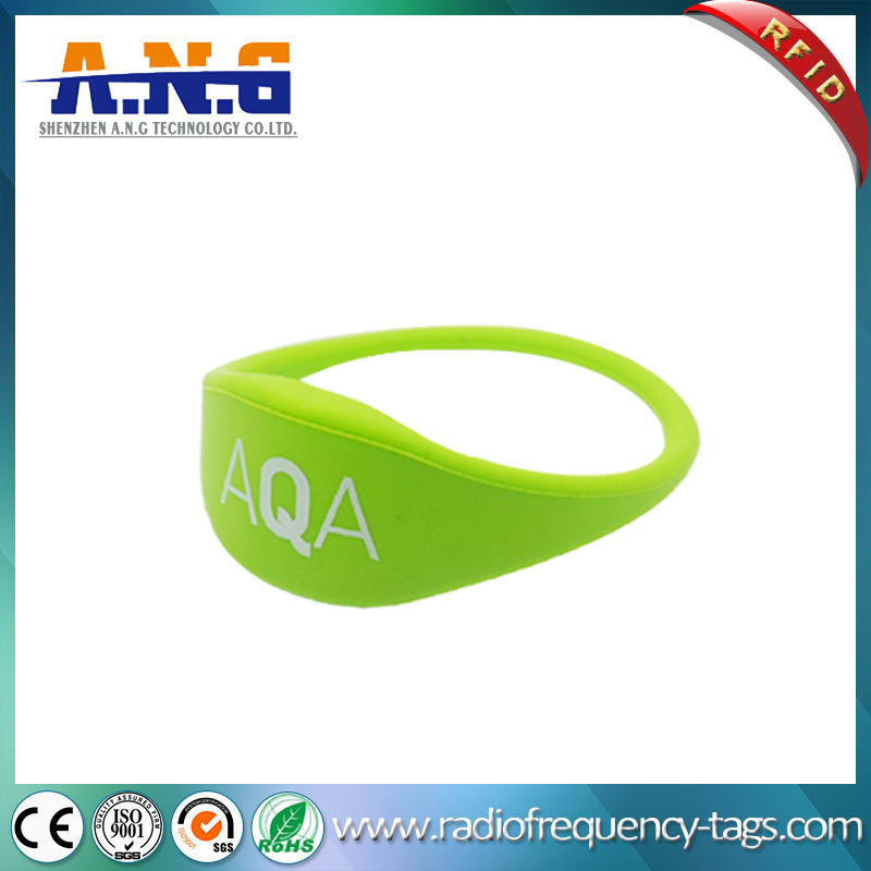 Waterproof NFC Silicone RFID Wristbands for The Beach