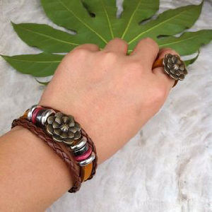 Handmade Wood Bead Leather Set (HW20)