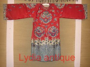 Old Dragon Robe