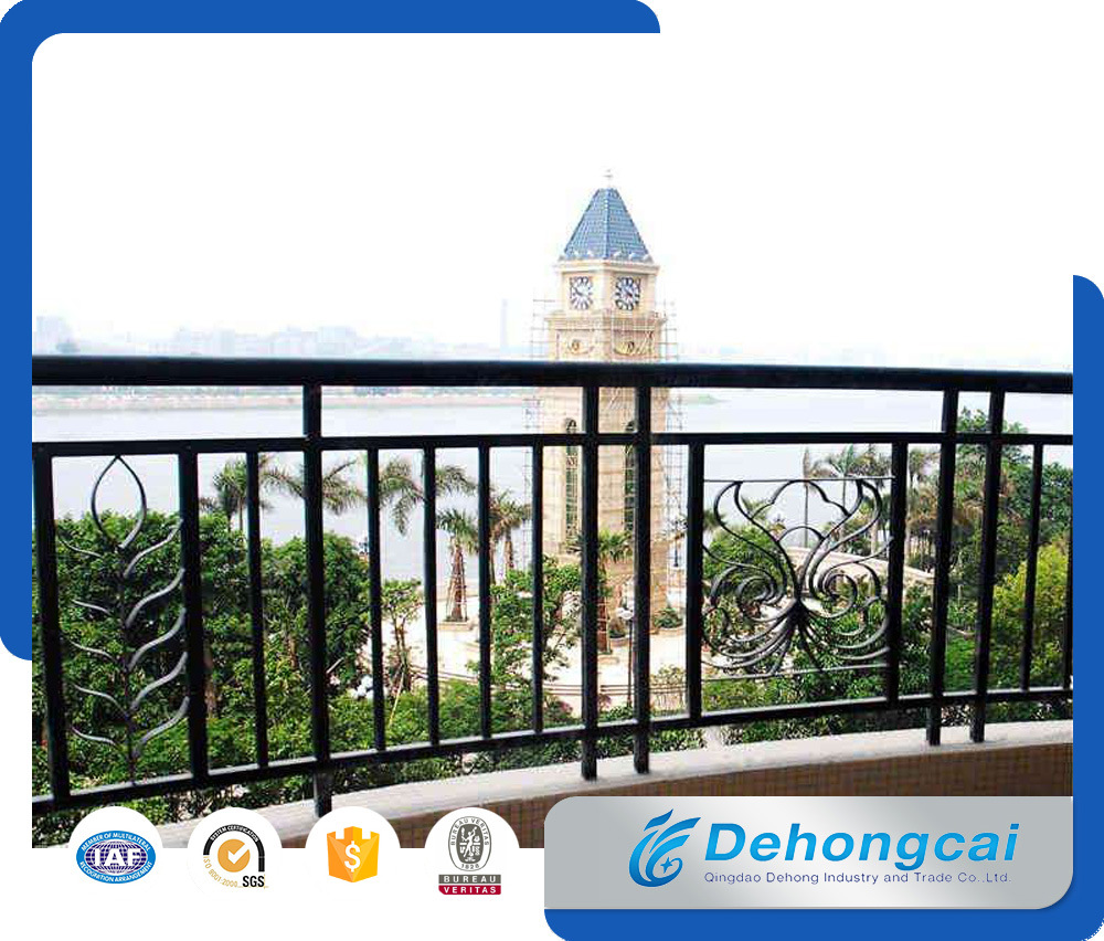 Decorative Metal Balcony Fence / Wrought Iron Galvanized Steel Balcony Fencing