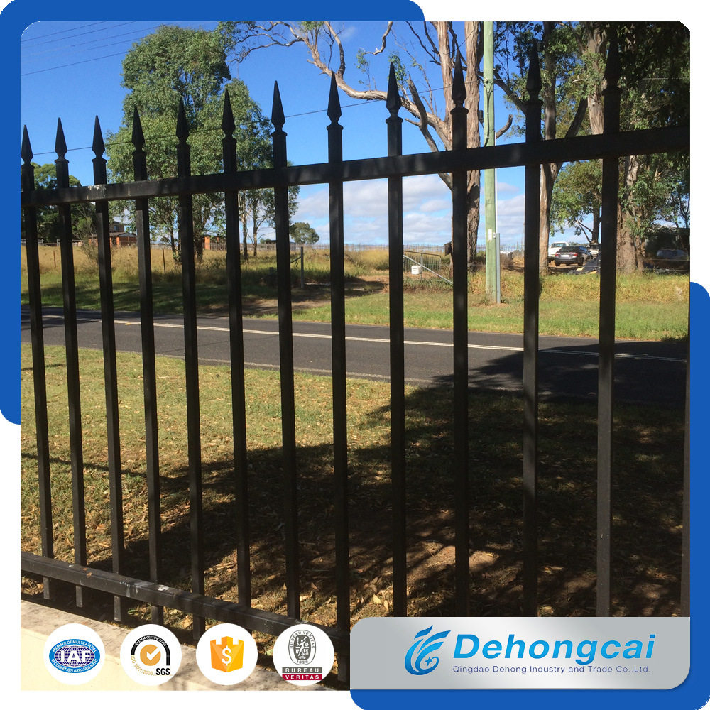 Ornamental Beautiful Economical Residential Wrought Iron Fence (dhfence-7-2)