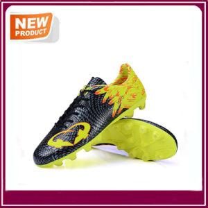 New Fashion Soccer Football Shoes with High Quality